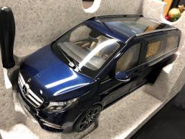Прикрепленное изображение: Mercedes-Benz-W447-V-Klasse-118-Modell-cavansitblau-Norev-_57.jpg