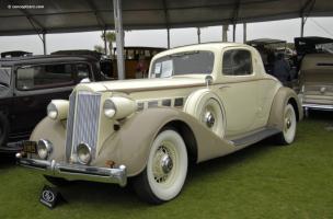 Прикрепленное изображение: Packard Super Eight Coupe 1936.jpg