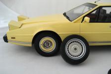 Прикрепленное изображение: Aston_Martin_Lagonda_6.jpg