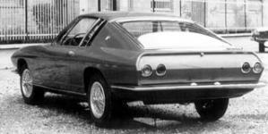 Прикрепленное изображение: BMW_2000tic_4.jpg
