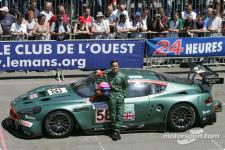 Прикрепленное изображение: lemans_2005_24h_eg_2744_58_Aston_Martin_Racing_Aston_Martin_DBR9_Pedro_Lamy.jpg