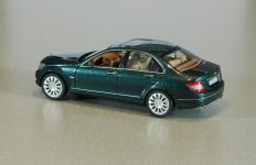 Прикрепленное изображение: 04922_Mercedes_Benz_C_Klasse2.jpg