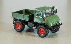 Прикрепленное изображение: UH_Mercedes_Benz_Unimog_U406A_1970.jpg