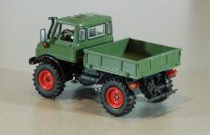 Прикрепленное изображение: UH_Mercedes_Benz_Unimog_U406A_1970_2.jpg