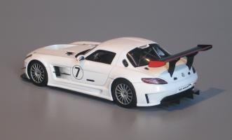 Прикрепленное изображение: S1024_Mercedes_Benz_SLS_GT3_2010r.jpg