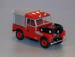 Прикрепленное изображение: LAN188012_Land_Rover_88_Fire_Appliance.jpg