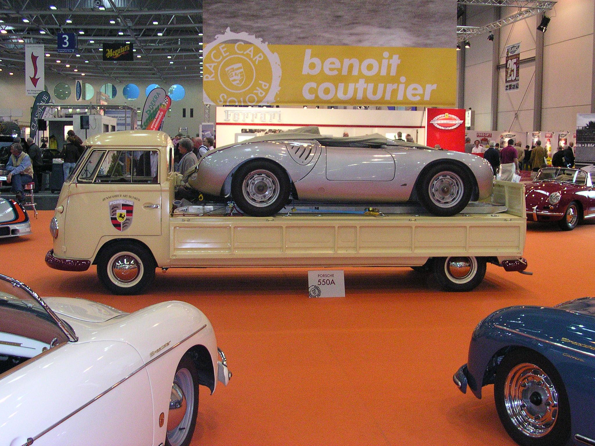 Прикрепленное изображение: VW_T1_Porschetransporter_4.jpg