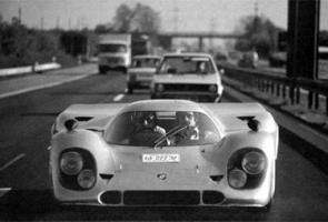 Прикрепленное изображение: Count_Rossi_driving_917__030_from_Stuttgart_to_Paris.jpg