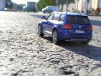 Прикрепленное изображение: VW_Touareg_W12_001.jpg