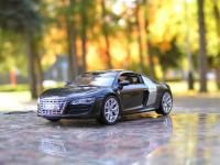 Прикрепленное изображение: Audi_R8_003.jpg