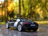 Прикрепленное изображение: Audi_R8_007.jpg