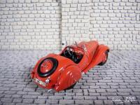 Прикрепленное изображение: BMW_328_Cabrio_Kaiser_Classic_1936_3.JPG