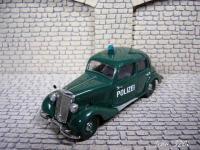 Прикрепленное изображение: Mercedes_Benz_170V_Polizei_Schuco_1.JPG