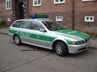 Прикрепленное изображение: Funkstreifenwagen_Hamburg_BMW5erTouringBePoHH.jpg