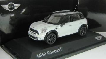 Прикрепленное изображение: BMW_Mini_Cooper_S_R60_Countryman_weiss.jpg