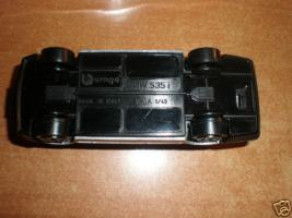 Прикрепленное изображение: BMW_535i_bburago_down.jpg