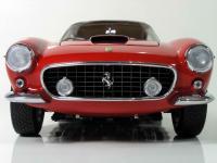 Прикрепленное изображение: Ferrari_250_GT_SWB___CMC__4_.JPG