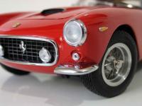 Прикрепленное изображение: Ferrari_250_GT_SWB___CMC__10_.JPG
