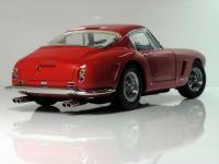 Прикрепленное изображение: Ferrari_250_GT_SWB___CMC__16_.JPG