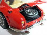 Прикрепленное изображение: Ferrari_250_GT_SWB___CMC__29_.JPG