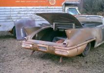 Прикрепленное изображение: 1_18_scale_custom_diecast_1958_cadillac_eldorado_biarritz_convertible_b_trunk.jpg
