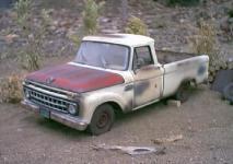 Прикрепленное изображение: 1_18_scale_custom_diecast_1965_ford_f_100_pickup_b_1.jpg