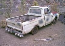 Прикрепленное изображение: 1_18_scale_custom_diecast_1965_ford_f_100_pickup_b_2.jpg