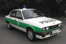 Прикрепленное изображение: BMW_318_Polizei_Streifenwagen.jpg