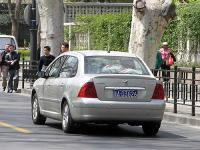 Прикрепленное изображение: Peugeot_307_sedan_03.jpg