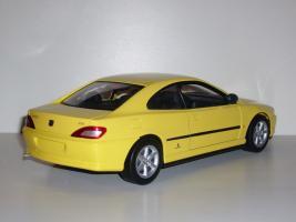 Прикрепленное изображение: Peugeot_406_coupe_02.JPG