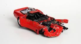 Прикрепленное изображение: crash_red_corvette.jpg