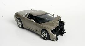 Прикрепленное изображение: crash_silver_corvette.jpg