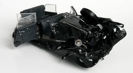 Прикрепленное изображение: crash_old_mercedes.jpg