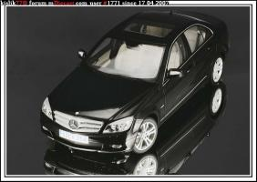 Прикрепленное изображение: AutoArt_Mercedes_Benz_C_Klasse_W204.jpg