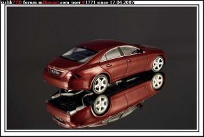 Прикрепленное изображение: Kyosho_Mercedes_Benz_CLS.JPG