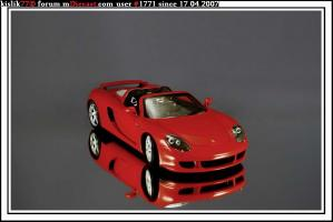 Прикрепленное изображение: Minichamps_Porsche_Carrera_GT.JPG