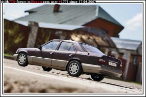 Прикрепленное изображение: AutoArt_Mercedes_E320.jpg