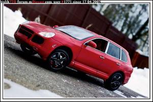 Прикрепленное изображение: Maisto_Porsche_Cayenne_S.JPG