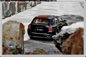 Прикрепленное изображение: AutoArt_Porsche_Cayenne_Turbo.jpg