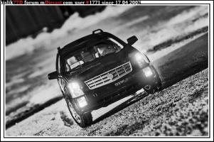 Прикрепленное изображение: China_Models_Cadillac_SRX.jpg