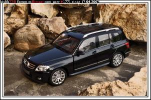 Прикрепленное изображение: Minichamps_Mercedes_Benz_GLK_Class.jpg