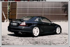 Прикрепленное изображение: Kyoho_Mercedes_Benz_CLK_DTM_AMG.jpg