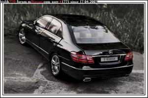 Прикрепленное изображение: Minichamps_Mercedes_E_Klasse.jpg