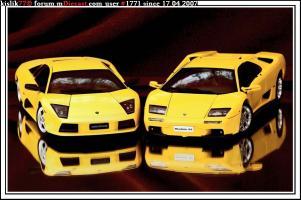 Прикрепленное изображение: AutoArt_Lamborghini_Murcielago___AutoArt_Lamborghini_Diablo.jpg