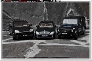 Прикрепленное изображение: AutoArt_Mercedes_Benz_S63AMG___AutoArt_Merceds_Benz_G55AMG___AutoArt_Porsche_Cayenne_Turbo.jpg