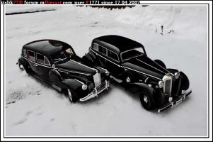 Прикрепленное изображение: Signature_Models_Packard_Le_Baron___Signature_Models_Mercedes_Benz_770K.jpg