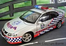 Прикрепленное изображение: HOLDEN___VX_COMMODORE_SS___Vic._Police_S.M.A.R.T.__2002_.jpg