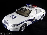 Прикрепленное изображение: China_Brilliance_Auto_Zhonghua_Police_car.jpg