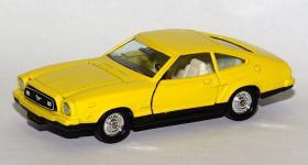 Прикрепленное изображение: Ford_Mustang_II_Mach_1_Tomica_Dandy___1.jpg
