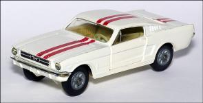 Прикрепленное изображение: Ford_Mustang_Fastback_2_2_Corgi_Toys_325___1_small.jpg